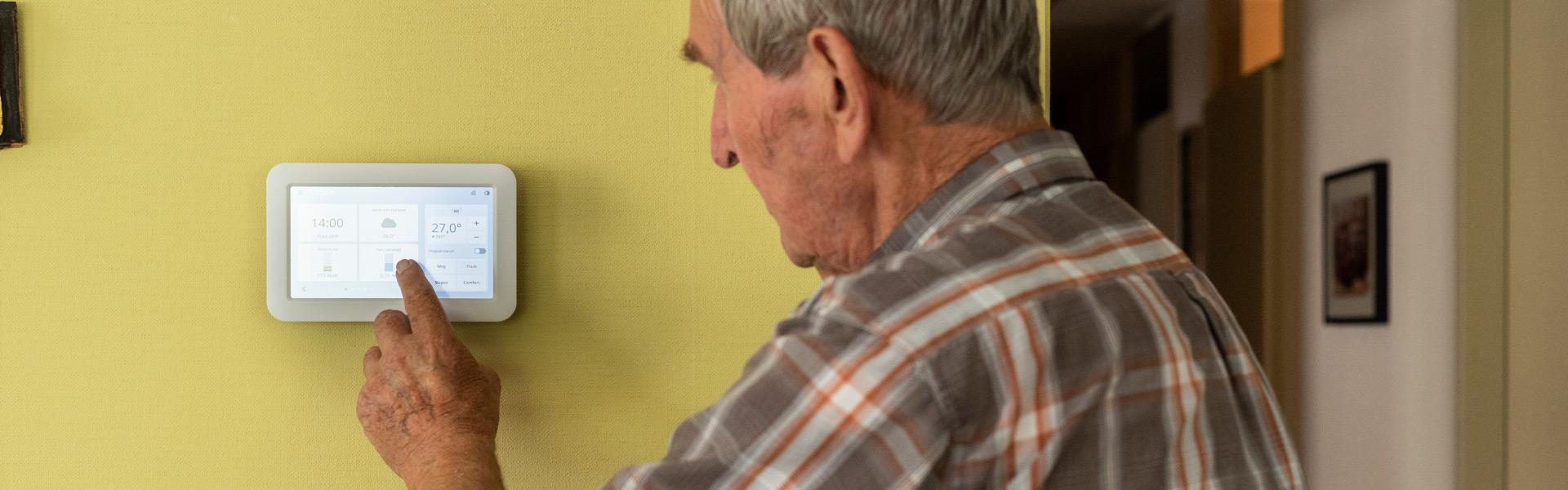 Smart Home Veilig Thuis Oude Man